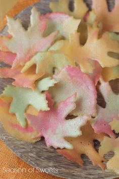 Crispy Fall Leaf Cookies