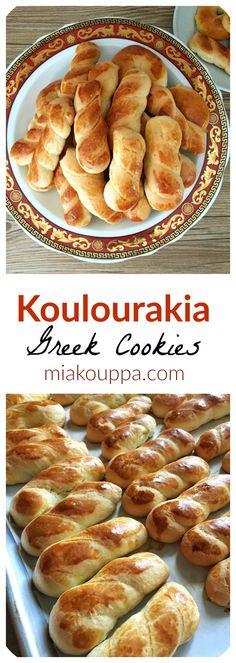 Koulourakia Greek cookies(Κουλουράκια)
