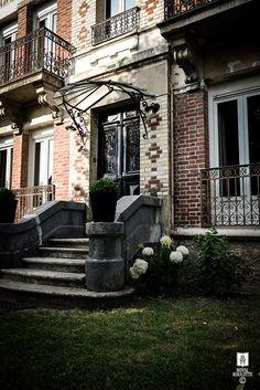 ROYAL ROULOTTE -★- HOUSE FRONT PARIS