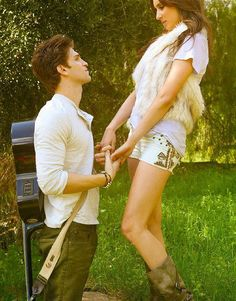 Troian Bellisario and Keegan Allen!!!! Love love love!