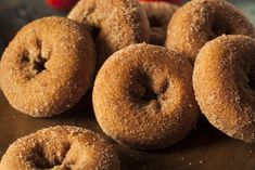 When you can't get to the orchard, use fresh apple cider to make lightly tangy apple cider doughnuts at home.Ingredients 1 cup apple cider cups all-purpose flour, more for rolling dough Homemade Apple Cider, Canned Biscuits, Apple Cider Donuts, Chocolate Shavings, Hot Chocolate, Chocolate Chips, Pastry Cake, Sin Gluten, Doughnuts