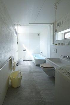 Nest House Nagoya modern bathroom