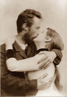 Theodor og Inga Kittelsen Most Popular Artists, Nature Paintings, Troll, Sculpture, Norway, Fairy Tales, Illustrator, Couple Photos, Photographs