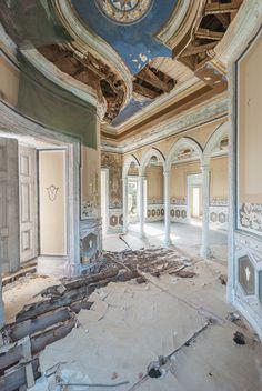 13 fotos de mansiones abandonadas en Europa -  Mirna Pavlovic