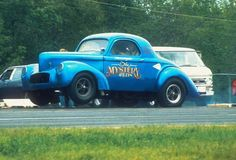 photos of 40/41 willys gassers   The Mystery Willys, no mystery that it's quick.