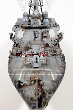 Trumpeter USS James E Williams Foreward view Scale Model Ships, Scale Models, Lego Coast Guard, Cruisers, Model Warships, The Last Ship, Military Diorama, Navy Ships, Aircraft Carrier