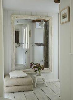espejo de madera blanco decapado