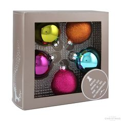 5-piece glass Christmas baubles set, shiny and glitter multi-coloured mix. The set consists of 5 baubles with a 6 cm diameter.