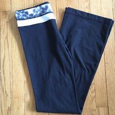 "Lululemon Groove pants   Yoga pants by Lululemon, reversible, boot cut.  Waist measures 14"", length is 42"".  Inner key pocket at waist.  In great condition. lululemon athletica Pants"