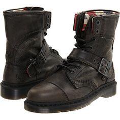 Dr. Martens - Triumph 1460 8-Eye Boot