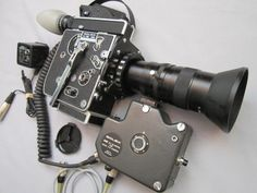 BOLEX SBM REFLEX 16MM MOVIE CAMERA, ESM MOTOR! CABLES, CANON ZOOM LENS! CHARGER