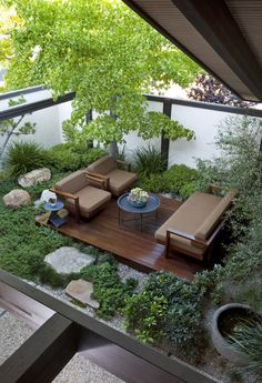 Side Garden 5146 Los Franciscos Way