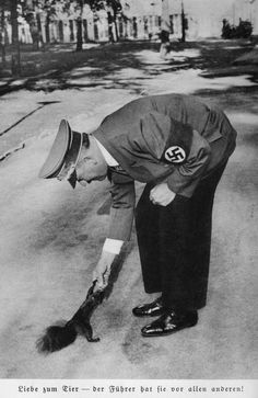 Fuhrer Adolf Hitler feeding a squirrel some of his nuts. Ww2 History, World History, World War Ii, Disney Marvel, Nazi Propaganda, The Third Reich, Old Pictures, Historical Photos, Abraham Lincoln