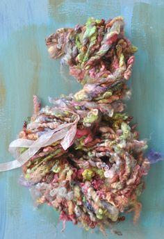 Handspun Yarn Bulky Art Yarn Silky Soft Curls Big by YOSPUN