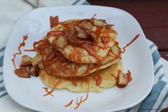 The Freshman Cook: Salted Caramel Apple Pancakes / #FoodieExtravaganza