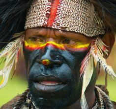 Warrior in the Highlands of Mt. Hagen, Papua Neuguinea