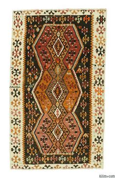Vintage Malatya Kilim Rug around 50 years old and in very good condition.