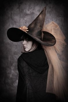 sweet-elysium:    beautiful magic @pinterest.com