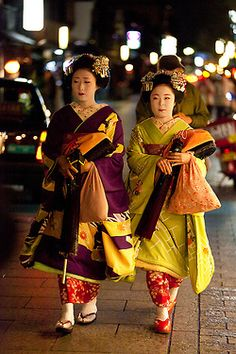 maiko Katsunosuke and Katsuhina by JPLPHOTO2 on Flickr