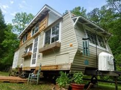 kirkwood-tiny-house-for-sale-0033. Very interesting.