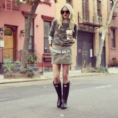 We love how blogger Atlantic Pacific styles her Hunter + rag & bone boots for a rainy autumn day in the city.