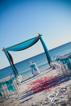 Real Beach Weddings: Brittany and Justin {Destin, Florida} - Princess Wedding Wedding Aisle Decorations, Beach Wedding Aisles, Beach Ceremony, Beach Wedding Setup, Destination Wedding, Wedding Centerpieces, Wedding Planning, Turquoise Weddings, Sky Blue Weddings