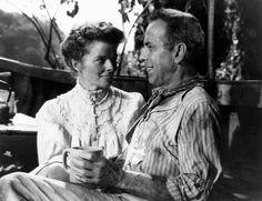 """Humphrey Bogart y Katharine Hepburn en """"La Reina de África"""", 1952"""