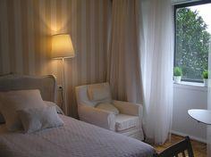 Single room. Habitación individual. #Hotel Central #Gijon #Asturias #Spain www.hotelcentralasturias.com