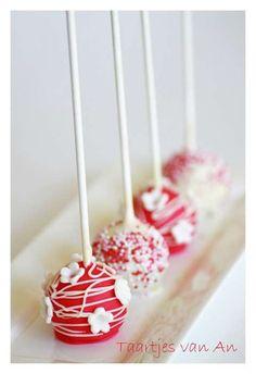 Cakepops made by Taartjes van An Nunspeet.jpg