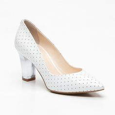 {Leather Pumps in Cream} Fabi - love the heel + the polka dots!
