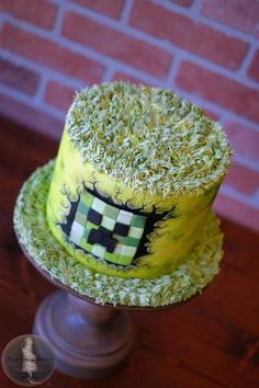 Minecraft Creeper Cake by Tonya Alvey - MadHouse Bakes Themed Birthday Cakes, Birthday Fun, Birthday Ideas, Creeper Cake, Pirate Ship Cakes, Single Tier Cake, Different Cakes, Minecraft Cake, Cookie Designs