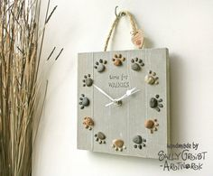 Hey, I found this really awesome Etsy listing at https://www.etsy.com/listing/187912937/driftwood-dog-lovers-clock