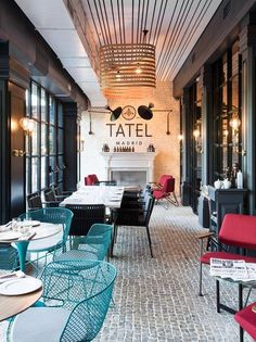 "Tatel, the new ""it restaurant"" in Madrid, created by ILMIODESIGN Underground club atmosphere, glamor of the 30s and live music. This is Tatel, a restaurant full of rhythm, with an unique identity. Located at number 36 Paseo de la Castellana, it..."