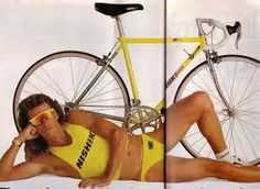 If the cute guy/girl who just asked you out spends his/her weekends on a bike, don't hesitate to say yes! Top 10 reasons to date a cyclist. Running Photos, Bike Brands, Runners World, Going Out Of Business, Magazine Ads, Vintage Racing, Road Cycling, Guys And Girls, Bmx