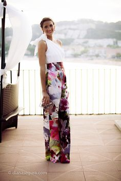 beautiful printed palazzo pants guest outfit Chic Ways to Sport Palazz., beautiful printed palazzo pants guest outfit Chic Ways to Sport Palazzo Pants – Glam Radar. Summer Outfits, Girl Outfits, Casual Outfits, Casual Pants, Summer Dresses, Look Formal, Elegantes Outfit, Looks Chic, Floral Pants