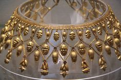 Rosamaria G Frangini | High Ancient Jewellery  | Etruscan-style gold fringe necklace, Naples, about 1860 | Flickr