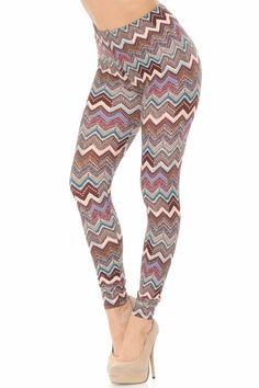 Loving these earth tones on these buttery soft Brushed Earthen Chevron Leggings! Pair with your favorite tunic and you've got an outfit worth swooning over.