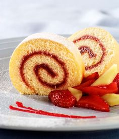 Swiss Roll - The BEST recipe!! Even swapped for GF flour mix... perfection!