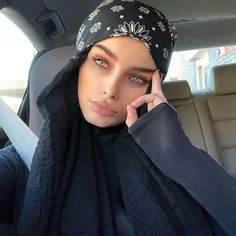 when you got a russian mafia meeting at but prayer is at Modern Hijab Fashion, Street Hijab Fashion, Hijab Fashion Inspiration, Muslim Fashion, Boho Fashion, Fashion Tips, Hijab Turban Style, Hijab Chic, Hijabi Girl