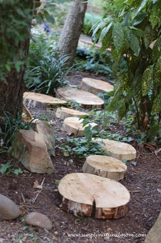 41 Ingenious and Beautiful DIY Garden Path Ideas To Realize in Your Backyard hom. - - 41 Ingenious and Beautiful DIY Garden Path Ideas To Realize in Your Backyard homesthetics backyard landscaping Natural Playground, Backyard Playground, Backyard For Kids, Playground Ideas, Diy Garden, Dream Garden, Garden Paths, Outdoor Play Spaces, Path Ideas