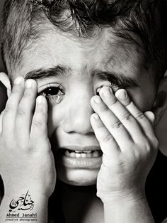 Super Ideas For Eye Crying Photography Children Emotional Photography, Dark Photography, Children Photography, Portrait Photography, Boy Crying, Crying Eyes, Pretty Eyes, Cool Eyes, Sad Child