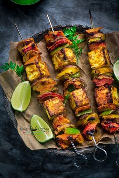 Paneer Tikka is an alternative to chicken tikka for vegetarians. Paneer Tikka is one of the popular Indian dish. Paneer Tikka is made from chunks of paneer. Kebab Recipes, Paneer Recipes, Veg Recipes, Indian Food Recipes, Vegetarian Recipes, Cooking Recipes, Healthy Recipes, Healthy Chef, Grilled Paneer