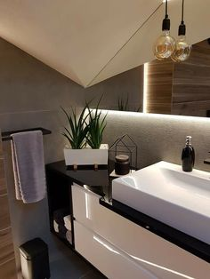 Attic Bathroom, Downstairs Bathroom, Small Bathroom, Arch Interior, Interior Design, Home Studio Photography, Living Styles, Sweet Home, House Design
