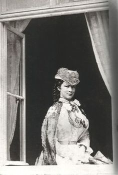 Empress Elisabeth. Elisabeth slept very little and spent hours reading and writing at night, and even took up smoking, a shocking habit for women which made her the further subject of already avid gossip. She had a special interest in history, philosophy, and literature, and developed a profound reverence for the German lyric poet and radical political thinker, Heinrich Heine, whose letters she collected.