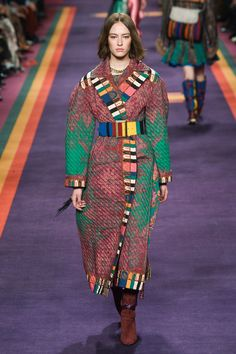 http://www.vogue.com/fashion-shows/fall-2017-ready-to-wear/etro/slideshow/collection