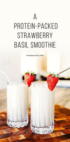 A delicious way to wake up each morning // strawberry basil smoothie
