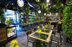 Aoyama Flower Market TEA HOUSEのオフィスデザイン紹介。
