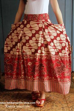 Batik Amarillis Made In Indonesia Bohemian summer skirt in reproduction of old pattern Batik Banyumas-Indonesia