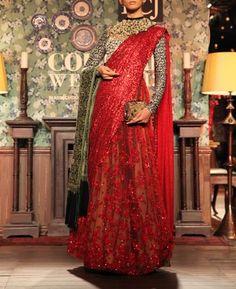 Sabyasachi Delhi Couture Week, Regal Royal look #velvet