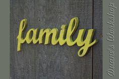 familia señal DIY decoración colgante de pared por DuanesWorkshop, $42.00